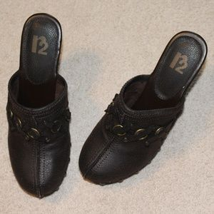 R2 Shoes - R2 Brown Clogs with 3inch Heel
